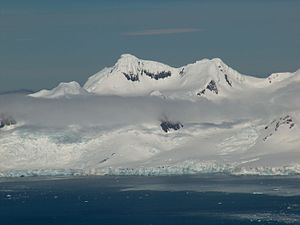 View from Half Moon Island to the Sopot Piedmont Glacier