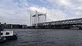 Spoorbrug in Dordrecht vanaf Schipperskade I.jpg