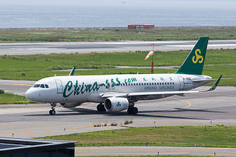 Spring Airlines, A320-200, B-1896 (19220120169).jpg