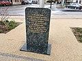 Stèle commémorative des déportés du 19 juillet 1944 à Oyonnax.jpg