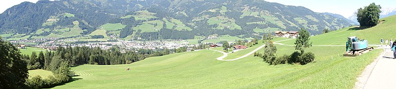 File:St. Johannes panorama (23226218739).jpg