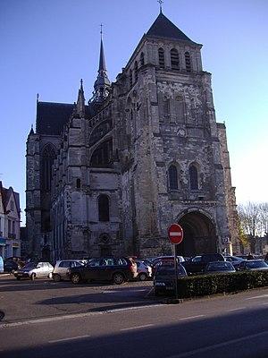 Saint-Quentin, Aisne - Image: St Quentin Basilique