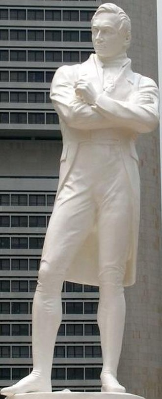 Singapore - Sir Stamford Raffles's statue at the Singapore River spot where he first landed