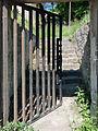 Starý židovský hřbitov v Táboře - dolní brána.jpg