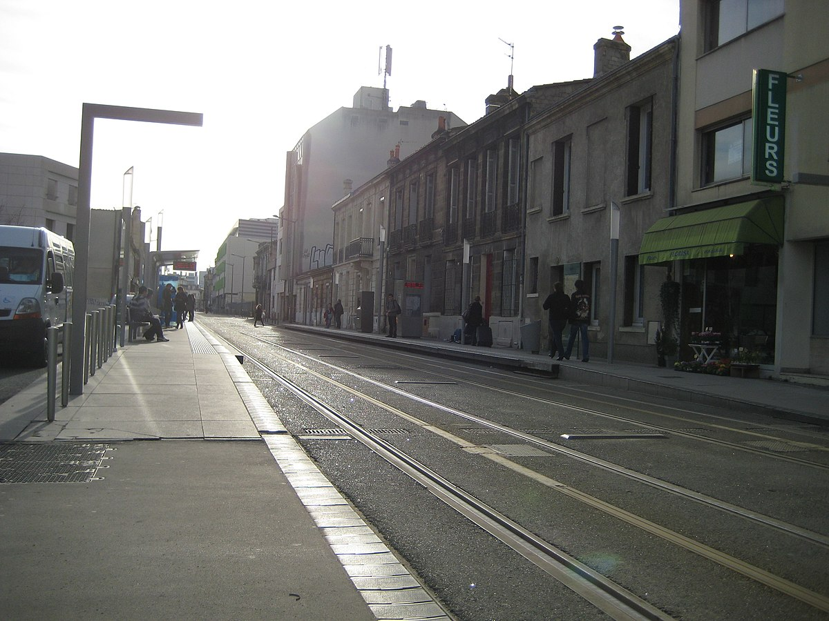 station bergoni tram de bordeaux wikipedia. Black Bedroom Furniture Sets. Home Design Ideas