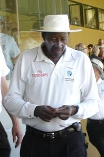 Steve Bucknor cricket umpire