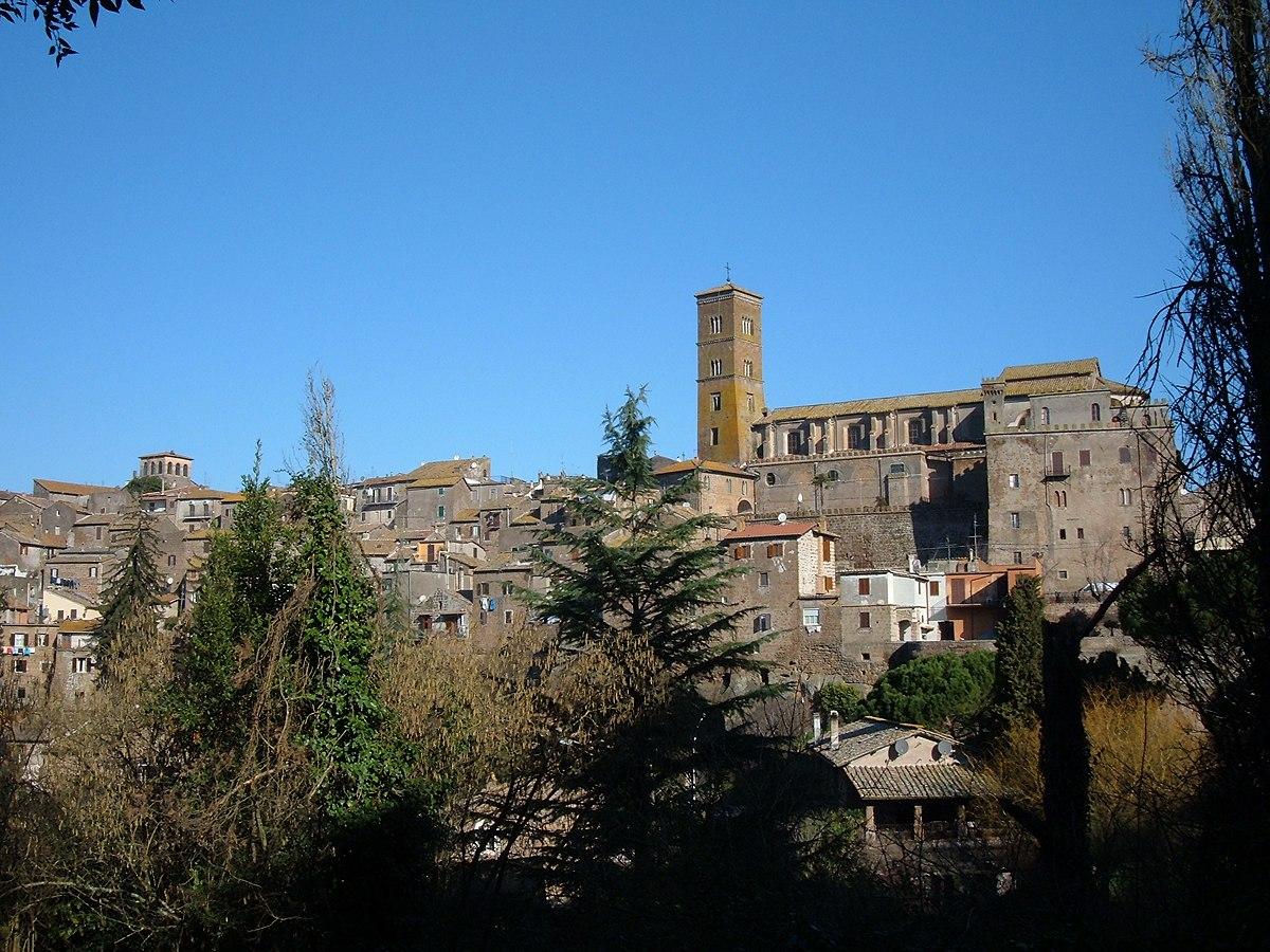 Sutri wikipedia for Foto di zig e sharko