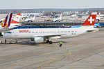 Swiss, HB-JLP, Airbus A320-214 (16455727022) (2).jpg