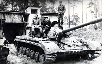 416th Rifle Division (Soviet Union) - A T-64 of the division in the 1980s at Perleburg