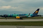TF-FIU Boeing B757-256 B752 - ICE (29652955064).jpg