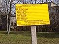 Tablica informacyjna - teren zielony w Poznaniu w okolicach ulicy Jana Pawła II - marzec 2019.jpg