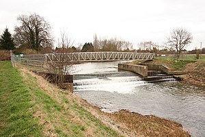 River Bain - Image: Tattershall Sluice geograph.org.uk 702428
