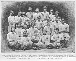 La prima formazione inglese del 1871, a Edimburgo contro la Scozia