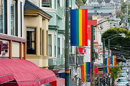Pelancongan_LGBT