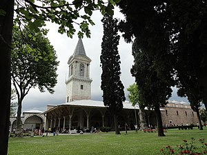 Topkapı Palace - Layout of the second courtyard: the gilded door leads to the domed Imperial Council Chamber and in the background is the Tower of Justice