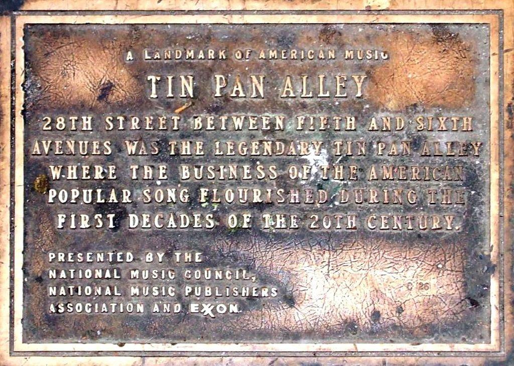 Tafel, die an die Tin Pan Alley erinnert (Wikipmedia)