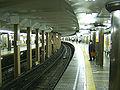 TokyoMetro-G16-Ueno-station-platform.jpg