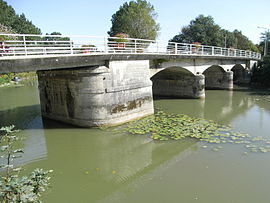 Bridge over the Boutonne