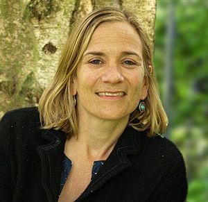 Tracy Chevalier - Image: Tracy Chevalier tree