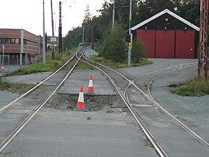 Graakalbanen - Original Munkvoll Depot to the right