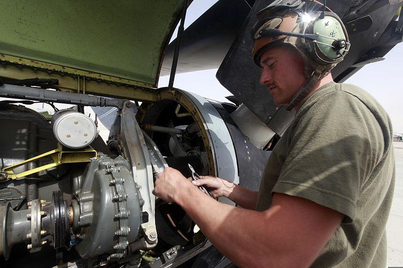 File:U.S. Marine Corps Lance Cpl. Robert J. Powell, an aircraft ...