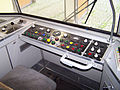 U1-Triebwagen Fuehrerstand 12092010.JPG