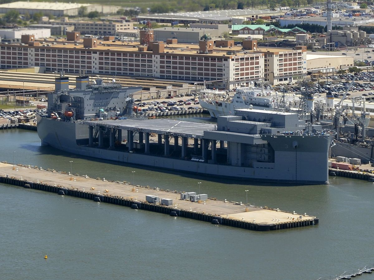 https://upload.wikimedia.org/wikipedia/commons/thumb/a/aa/USNS_Lewis_B._Puller_%28T-ESB-3%29_at_Naval_Station_Norfolk_on_20_April_2016.JPG/1200px-USNS_Lewis_B._Puller_%28T-ESB-3%29_at_Naval_Station_Norfolk_on_20_April_2016.JPG