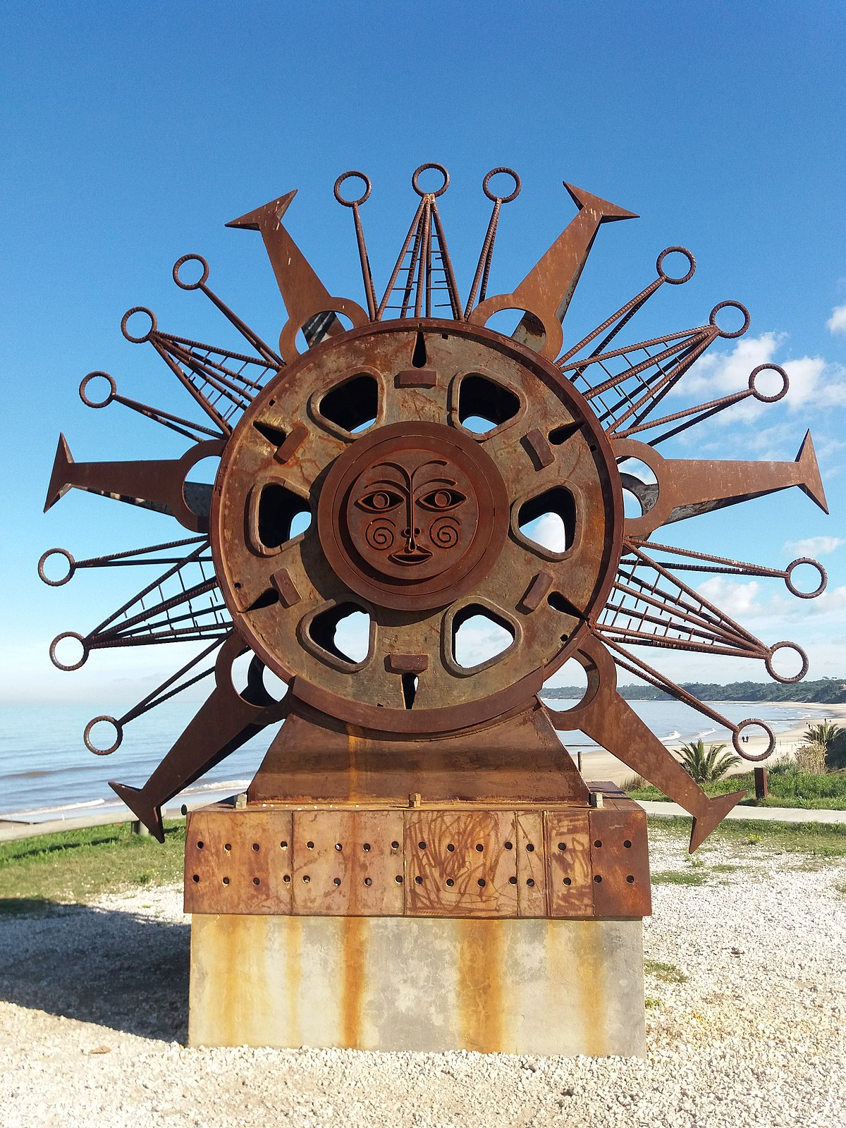 Un sol para atl ntida wikipedia la enciclopedia libre - Mecanismo para reloj de pared ...