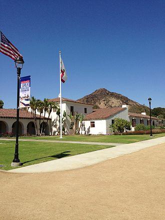 California State University Channel Islands - University Hall