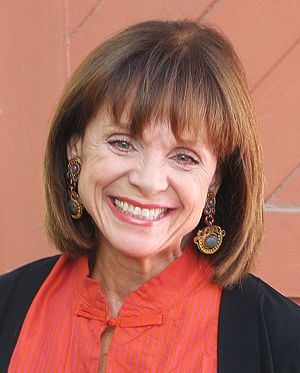 300px Valerie Harper Valerie Harper, Star of 70s Sitcom Rhoda, Diagnosed with Terminal Brain Cancer