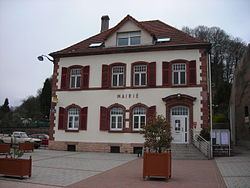 Varsberg mairie.JPG