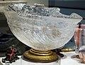 Vaso a navicella in quarzo ialino (blocco), con piede non originale in legno dorato, 1590-1600 ca. 01.JPG