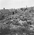 Verwoestingen in woonwijk, Bestanddeelnr 900-5319.jpg