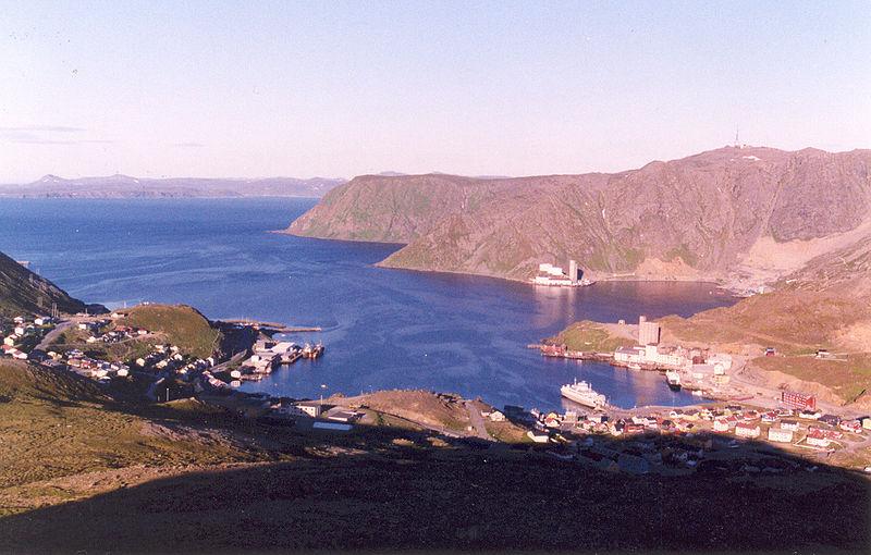 File:View of Honningsvaag Bay - panoramio.jpg