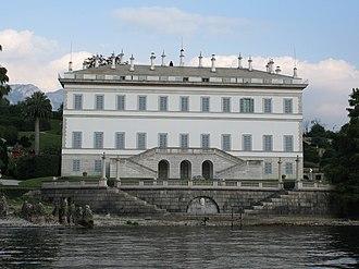 Italian Neoclassical architecture - Image: Villa Melzi Lago