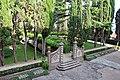 Villa di cerreto, giardini 05.JPG