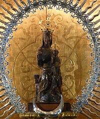Panteón de Hombres Ilustres y la Basílica de la Virgen de Atocha 200px-Virgen-de-atocha-madrid