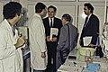 Visite de Mr Bichat et du secrétaire d'état à la recherche à l'INRA de Versailles-21-cliche Jean Weber.jpg