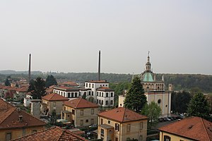 Crespi d'Adda - The town's company-built school, church and employee houses