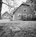 Voorgevel boerderij en zomerhuis met decoratieve windveren - Meije, De - 20374665 - RCE.jpg