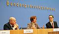 Vorstellung von Beate Klarsfeld in der Bundespressekonferenz (2012) 2.jpg