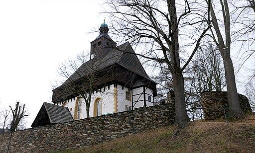 Wehrgangkirche Grossrückerswalde 01