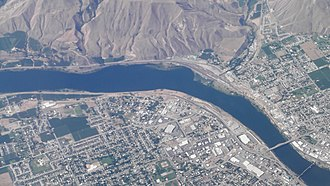 Washington State Route 28 - Aerial view of East Wenatchee, showing SR 28 following the Columbia River