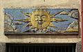 Wien-Penzing - Gemeindebau Cumberlandstraße 20 - Mosaik Sonne - Konrad Calo 1955-56.jpg