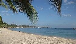 Wimbe Praia 2 (4871485865) .jpg