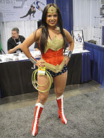 File:WonderCon 2012 - Wonder Woman (6873030388).jpg