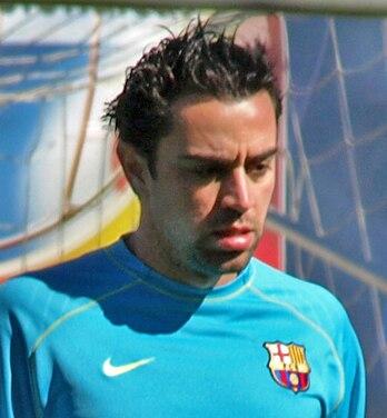 Xavi Hernández - 002 (cropped)