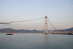 Yi Sun-sin Bridge in construction1.jpg