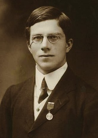 Ronald Fisher - Fisher in 1913