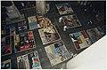 Zestien lappendekens (quilts), uitgespreid op de zerkenvloer van de Grote of St. Bavokerk. De dekens zijn gemaakt door familieleden en vrienden van gestorven aids-patienten en eigendom van d, NL-HlmNHA 54037081.JPG